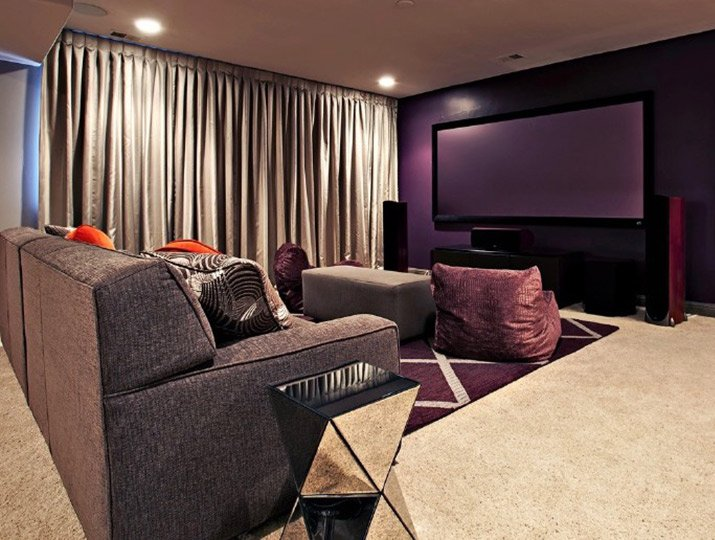 purple_media_room