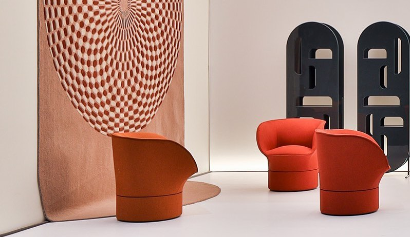 blossoming chairs